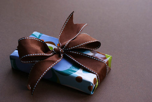 20 in Impressive Gift Package Design Inspiration for Christmas