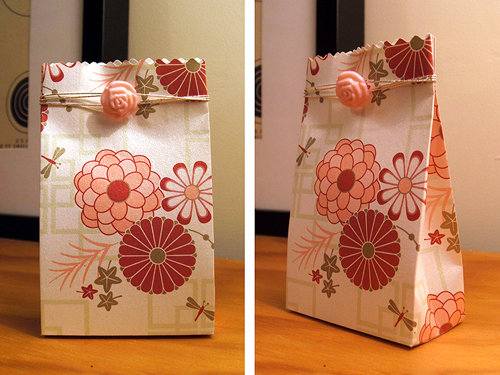 Blythe floral bag packaging
