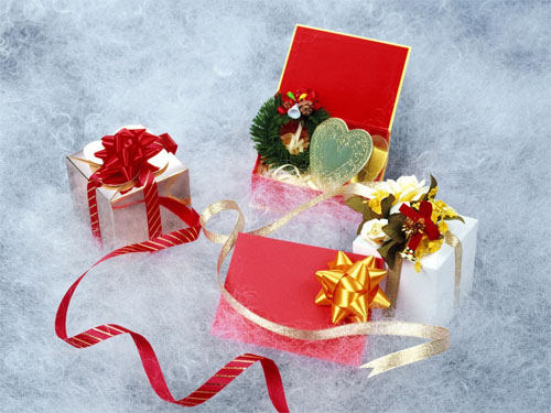 Wallpaper-christmas-presents-white in Beautiful Christmas and Winter Wallpapers For Your Desktop