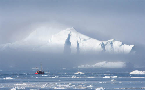 Wallpaper-winter-greenland-mystery in Beautiful Christmas and Winter Wallpapers For Your Desktop