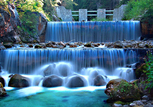 40 beautiful examples of waterfalls photography noupe for Waterfall green design centre