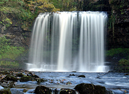 40 Beautiful Examples Of Waterfalls Photography