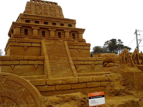 40 Unbelievable Sand Sculptures