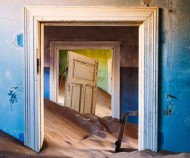 Title: Desert Door Creator: michael_toye Source: geeknaut.com