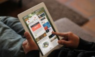 breezi_placeit-ipad-white