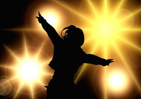 dance-129806_640-w550