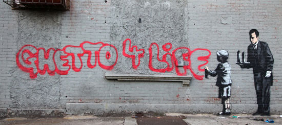 Street-Art-By-Banksy-in-South-Bronx-New-York-USA-1-476-790x350