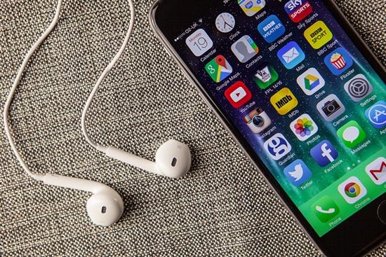iphone-6-earphones