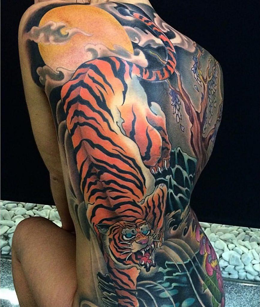 traditional japanese tattoo tiger back tattoo