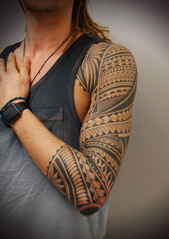 traditional polynesian tattoo upper arm tattoo