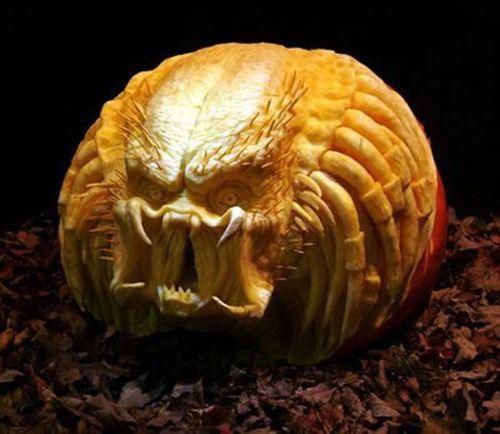 52-awesome-predator-pumpkin-carving
