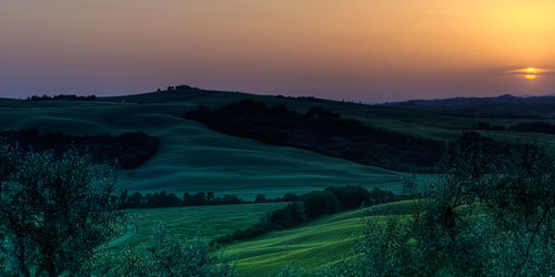 40-mesmeric-triple-screen-wallpapers-sunsetintuscany in 40 Beautiful Triple Screen Wallpapers