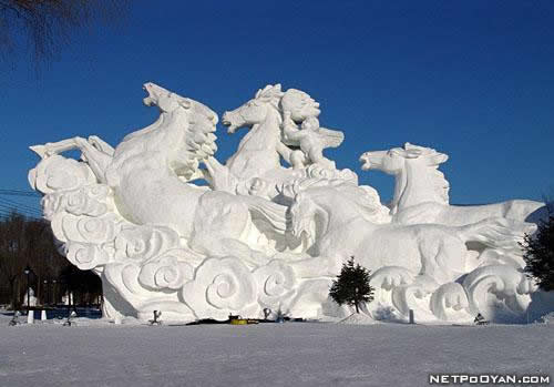 more stunning snow sculptures   noupe