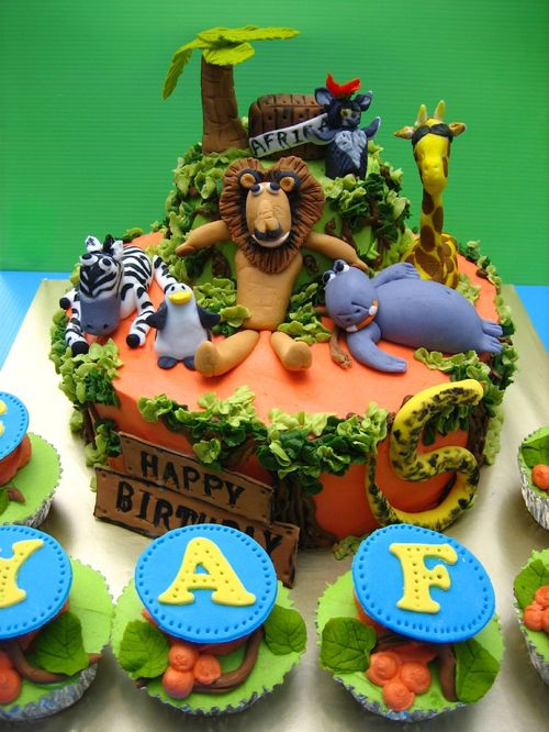 Madagascar Birthday Cake Designs