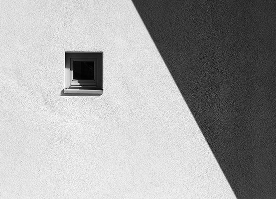 Minimalist art photography noupe for Famous minimalist buildings